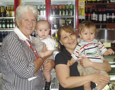 Dawn Fraser and Maxine Ikonomopoulos with Johns Pizza Bar babies Tyrone and Leonadis