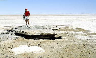 Looking our over a dry Lake Eyre, situated in the Far North of SA during the driest time of a lengthy drought