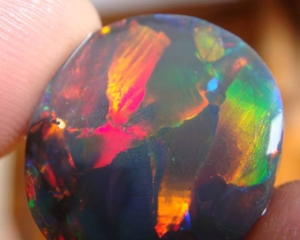 The Gemmological Digital Analyser (GDA) is the world's first automated device to grade opals using image analysis
